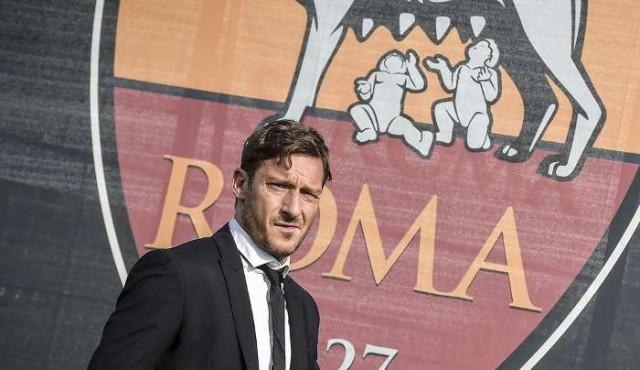 Totti trabajará en los despachos de la Roma