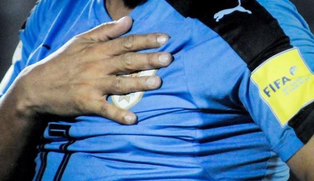 El plantel de la selección quiere que FIFA intervenga la AUF