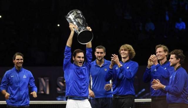 Federer logra el punto de la victoria de Europa en la primera Laver Cup