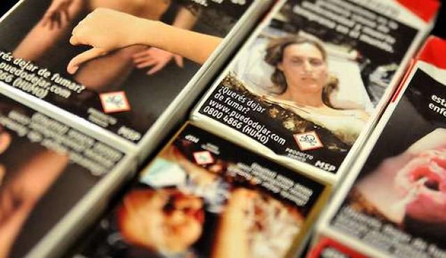 Parlamento recibirá proyecto para etiquetado plano de cajas de cigarrillos
