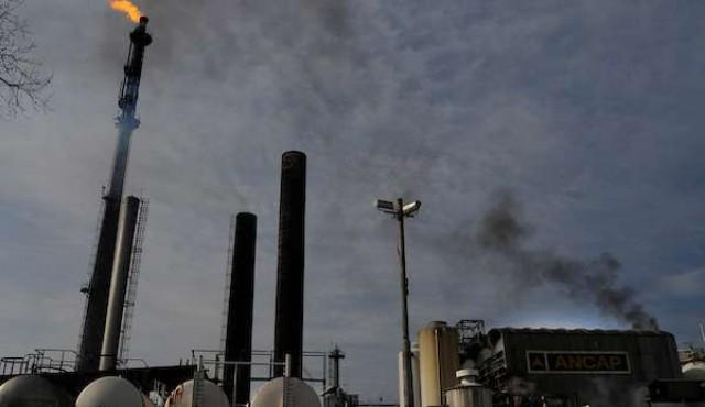 Oferta reactiva exploración petrolera en Uruguay
