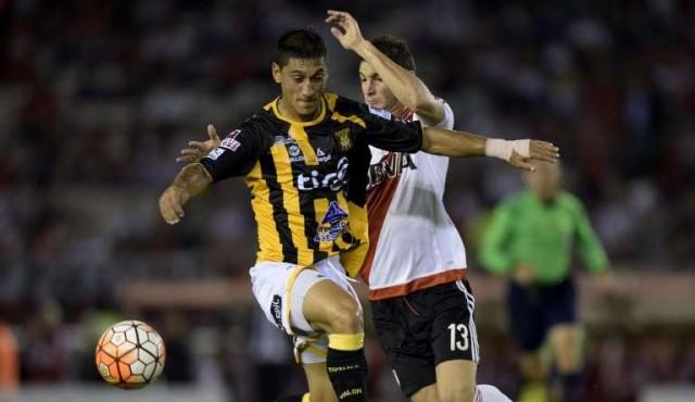 Peñarol hizo oficial la renovación de Ramos y el fichaje de Maldonado