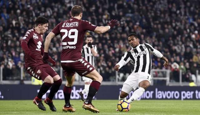 Juventus le ganó el derbi al Torino por Copa Italia
