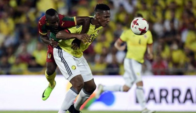 Barcelona contrató al colombiano Yerri Mina por 11,8 millones de euros