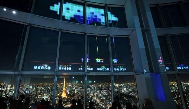 """Los aliens invaden Tokio con motivo de los 40 años de """"Space Invaders"""""""