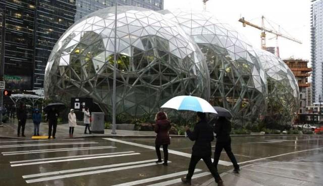 """Amazon inauguró """"bioesferas"""" para que sus empleados trabajen mejor"""