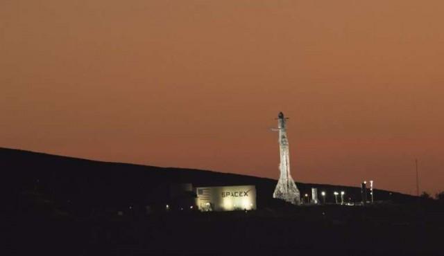 SpaceX listo para lanzamiento de prueba del cohete más poderoso del mundo