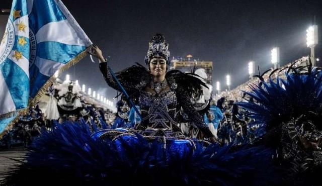 Rio de Janeiro se prepara para su Carnaval más contestatario