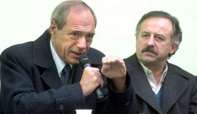 Zaffaroni insiste con salida anticipada de Macri y el gobierno pide su renuncia