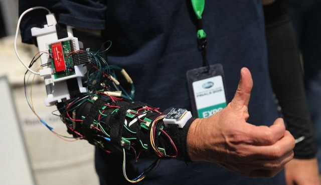 """La inteligencia artificial entre el """"demasiado y muy poco"""" poder"""