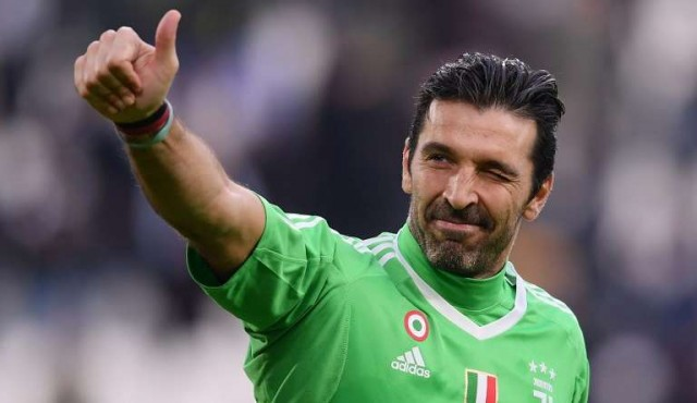 Buffon dará conferencia de prensa el jueves y anunciaría su retiro