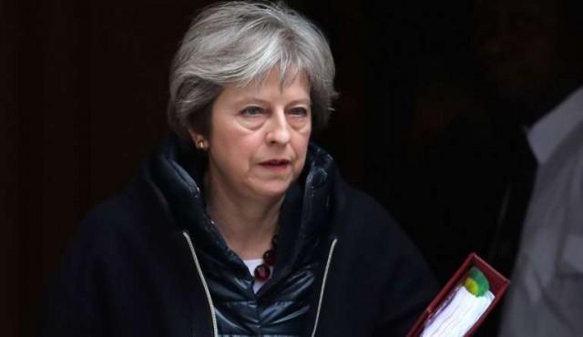 Londres expulsa diplomáticos y suspende contactos con Rusia