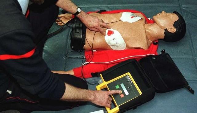 Resucitación Cardíaca Básica: ley de avanzada que no se cumple por falta de sanciones