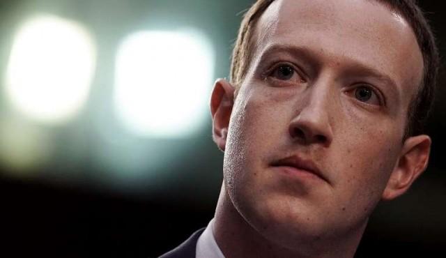 Inversores suman presión para desplazar a Zuckerberg de la presidencia de Facebook