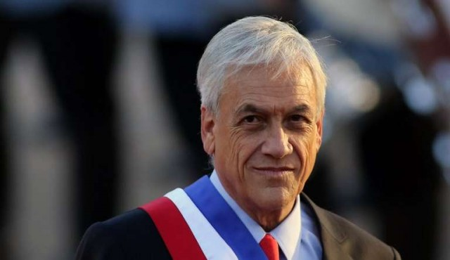 Visa especial a venezolanos y trabas a haitianos levantan polémica en Chile