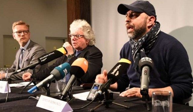 """Fiscalía alemana rechaza prohibir versión teatral de """"Mein Kampf"""""""
