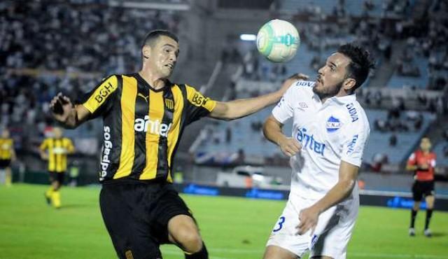 Peñarol - Nacional, domingo a las 16:00