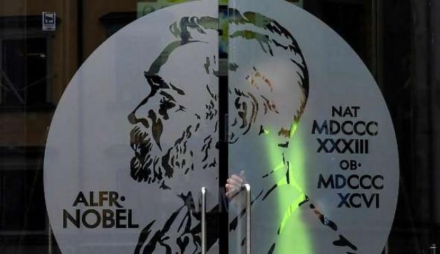 El Nobel de Literatura 2018 se dará con el de 2019 tras escándalo de agresiones sexuales