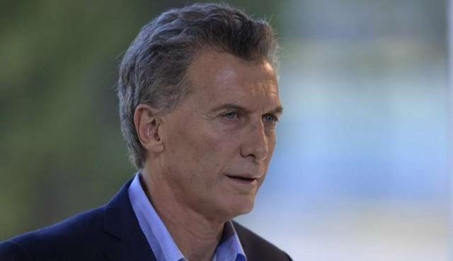 """Macri se apoya en el FMI para """"evitar crisis"""""""