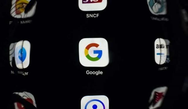 La UE impone multimillonaria multa a Google por Android