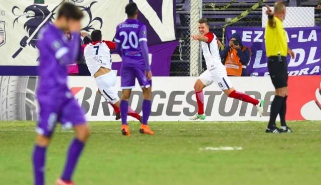 Defensor cayó ante Cerro Porteño y quedó fuera de la Libertadores