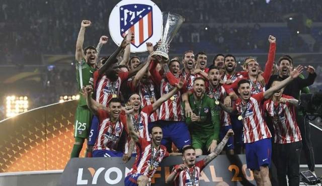 Godín y Giménez levantaron la Europa League con el Atlético Madrid