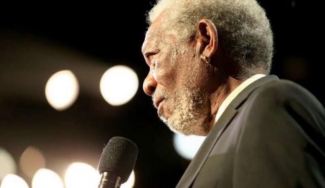 Morgan Freeman se disculpó tras ser acusado de acoso sexual