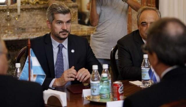 Macri veta ley que frena alza de tarifas públicas