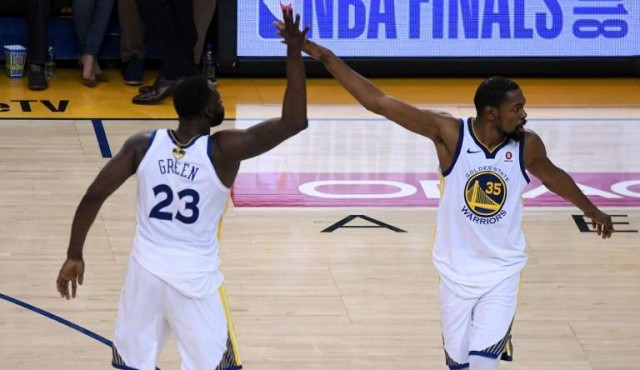 Golden State se quedó con la primera final de la NBA