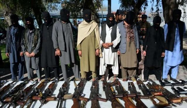 Los talibanes anuncian un alto el fuego sin precedentes por ramadán