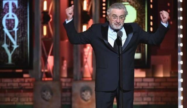 """""""Fuck Trump!"""", el insulto de Robert De Niro ovacionado en los Premios Tony"""