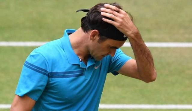 Federer pierde la final de Halle y cede el número 1 a Nadal