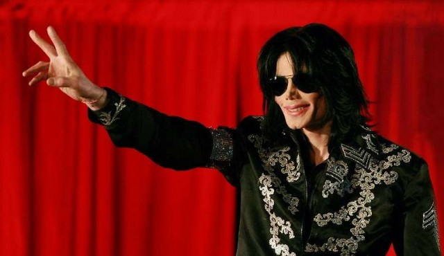 Michael Jackson realiza aparición póstuma en el álbum del canadiense Drake