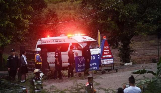 Cuatro de los 12 niños atrapados en una cueva de Tailandia fueron rescatados