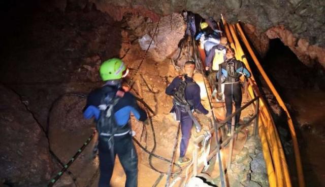 Otros dos niños rescatados de la cueva en Tailandia