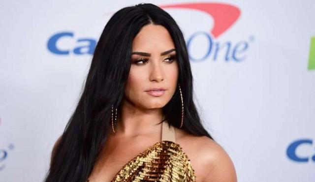 Demi Lovato hospitalizada por una sobredosis de drogas