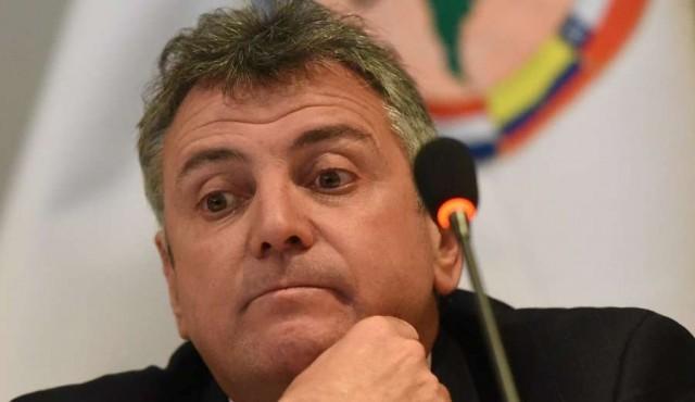 """Valdez renunció a la AUF y descartó """"presión, amenaza o extorsión"""""""
