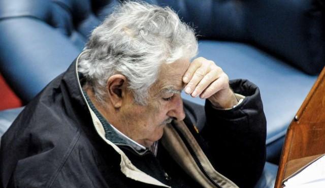 """Despedida con """"hilaridad"""" de Mujica"""