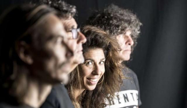 Rossana escucha sus canciones y presenta su cuerpo eléctrico en el Auditorio
