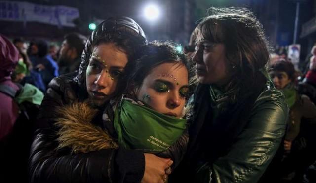 Senado argentino rechazó la legalización del aborto