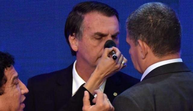 En ausencia de Lula, primer debate presidencial muestra un Brasil dividido