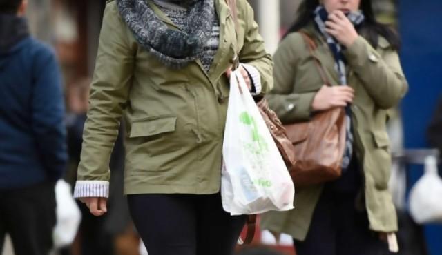 Dinama advirtió a supermercados por uso de bolsas que no son biodegradables
