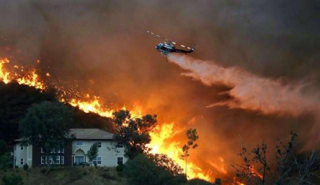 Incendio en el sur de California crece y su autor encara cadena perpetua
