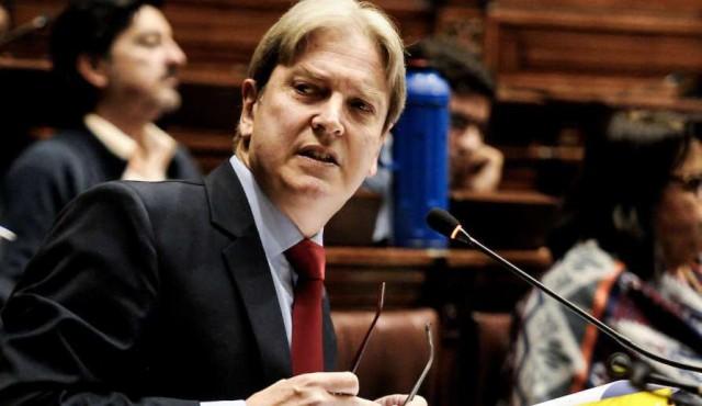 """ASSE a la justicia: oposición ve """"despilfarro"""" e """"inmoralidades"""""""