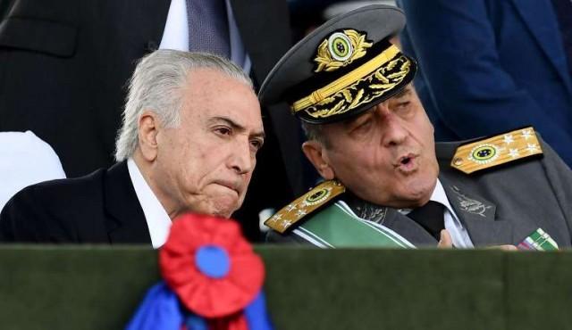 """Militares """"en campaña"""" en Brasil"""
