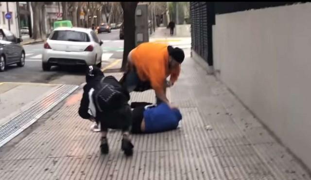 El youtuber Juanpa Barbot golpeó ferozmente a su colega Yao Cabrera