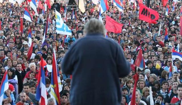 """Vernazza y la estrategia de campaña de Mujica de """"levantarle centros"""" a la prensa en 2009"""