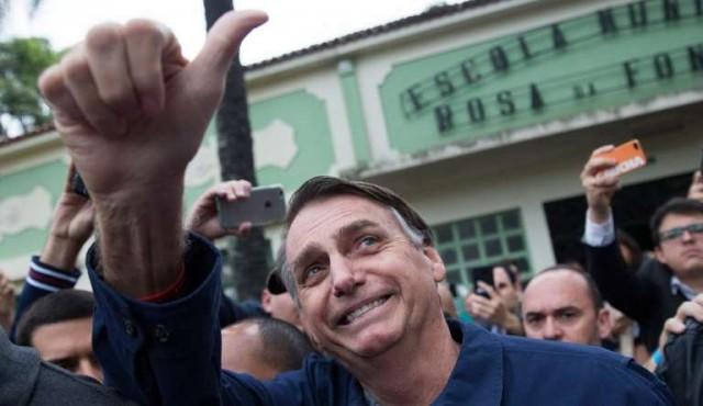 Bolsonaro ganó pero habrá segunda vuelta — Brasil