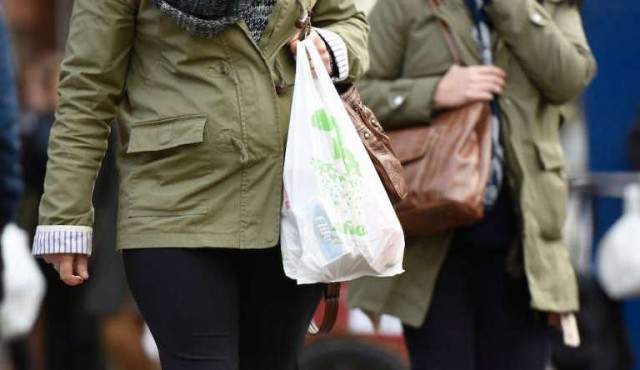 Bolsas plásticas costarían cuatro pesos en puntos de venta