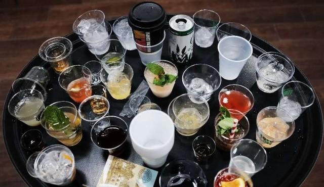 El exceso de alcohol en la adolescencia deja huella en el cerebro